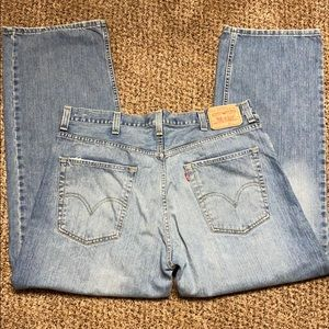 Levi's 569 38x32 loose straight leg jeans EUC
